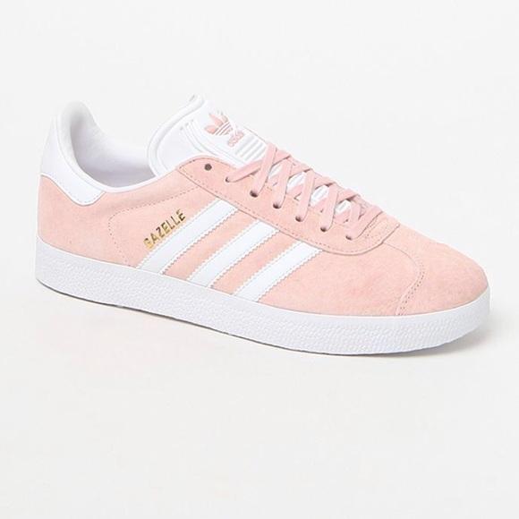 Adidas gazelle baby pink suede